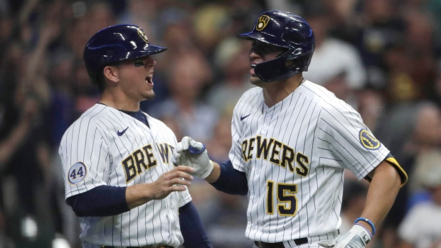 Brewers beat White Sox; La Russa, Anderson ejected