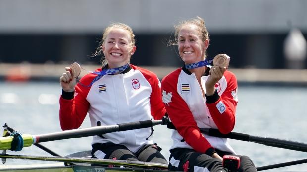 Filmer, Janssens win bronze in women's pair rowing