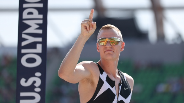 American pole vaulter's positive test sends Aussies into isolation