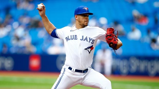 FOLLOW LIVE: Blue Jays, Twins battle in rubber match