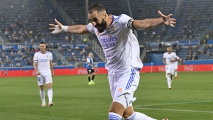 Benzema scores twice to lead Madrid to victory in opener