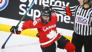 Fillier finds her footing with Canadian women's hockey team