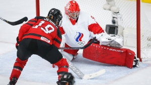 Canada cruises past Russia at Women's Worlds