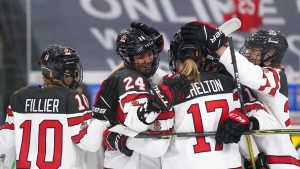 Youth and experience gelling as Canada continues perfect start at Women's Worlds