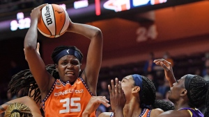 Joneses lead Sun past Sparks for 7th straight win