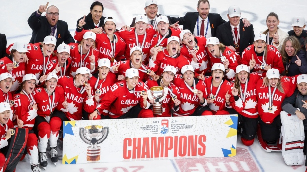 Poulin's magic touch gives Canada its first women's worlds hockey gold in nine years