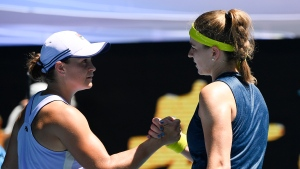 No. 1 Barty, top US Open women win easily after Ida delays
