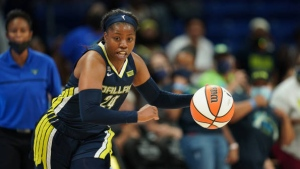 Ogunbowale hits late FTs to seal Wings' victory over Dream