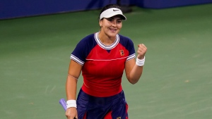 Andreescu continues her winning ways at U.S. Open as Shapovalov falters