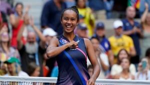 Fernandez beats Svitolina to advance to US Open semis