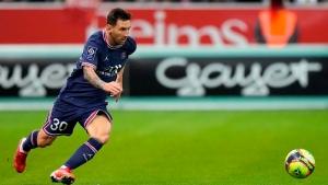 Knee injury rules Messi out of PSG-Metz game midweek