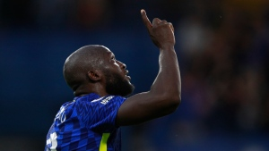 Lukaku marks Chelsea homecoming with two goals in win