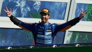 Ricciardo wins as Hamilton, Verstappen crash out at Monza