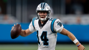 Darnold, defense lead Panthers past Jets