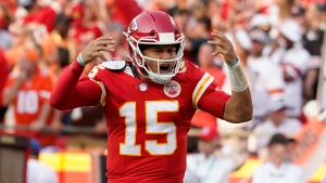 Mahomes dazzles as Chiefs rally for win over Browns
