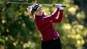 Three tied for lead at in Portland; Henderson two shots back