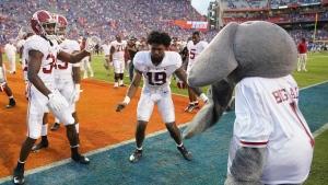 No. 1 Alabama holds off No. 11 Florida in SEC opener