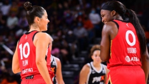 Plum, Young lift Aces over Mercury