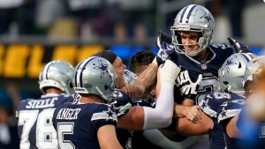 Zuerlein makes 56-yard field goal on last play, Cowboys beat Chargers