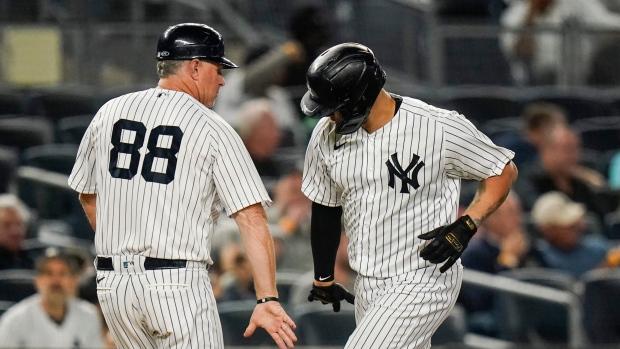 Sanchez goes deep, Yankees gain ground