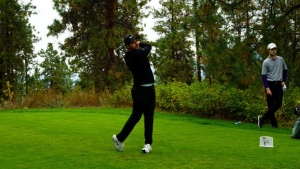 Brault rockets to the first-round lead in Kelowna