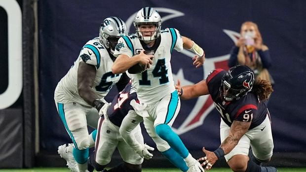 Darnold, defense lead Panthers past Texans; McCaffrey hurt