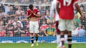 Fernandes misses late penalty as United loses to Villa