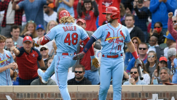 Cardinals set team record with 15th straight win, beat Cubs