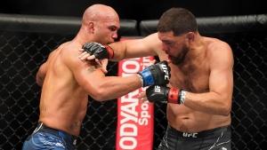 Diaz loses to Lawler in long-delayed UFC return