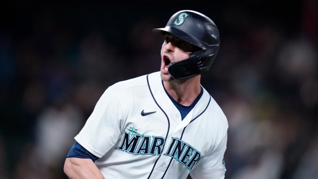 Haniger hits two homers as Mariners beat A's to gain in wild-card race