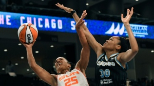 Copper lifts Sky to win over Sun and 2-1 series lead