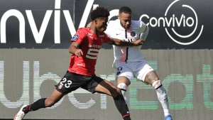 Rennes beats PSG to hand league leader its 1st defeat
