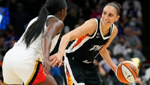 Mercury star Taurasi flies home in time for birth of daughter