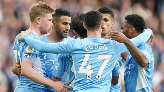 Silva, De Bruyne score for City in win over Burnley