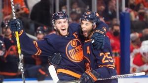 McDavid's hat trick helps Oilers defeat Flames