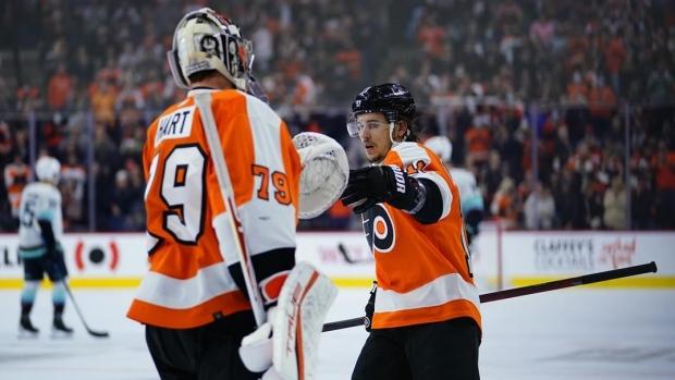 Flyers spoil Hakstol's return in win over Kraken