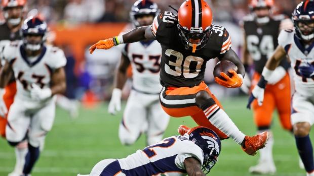 Keenum, Johnson lead Browns past Broncos