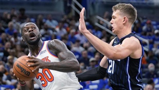 Knicks make 24 3s, cruise past rebuilding Magic