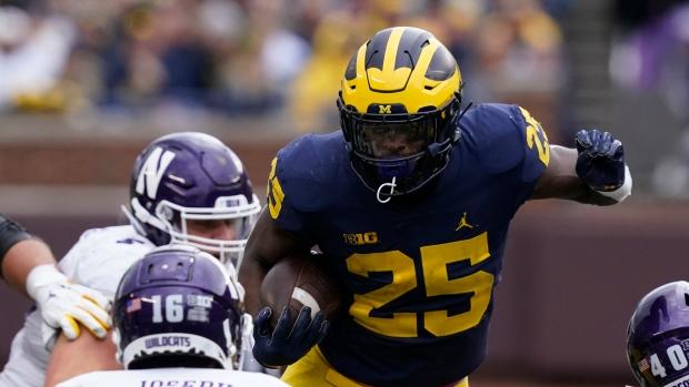 No. 6 Michigan tops Northwestern; Michigan State next