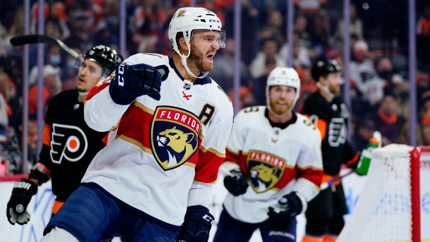 Huberdeau leads undefeated Panthers past Flyers
