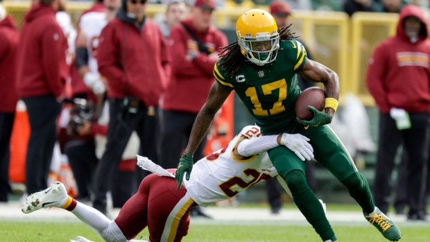 Packers place Adams on reserve/COVID-19 list