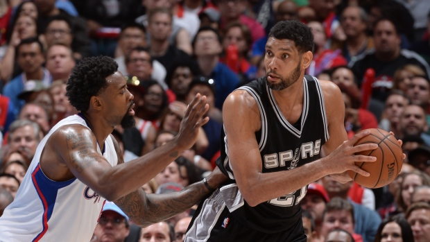 Duncan leads Spurs past Clippers - TSN ca