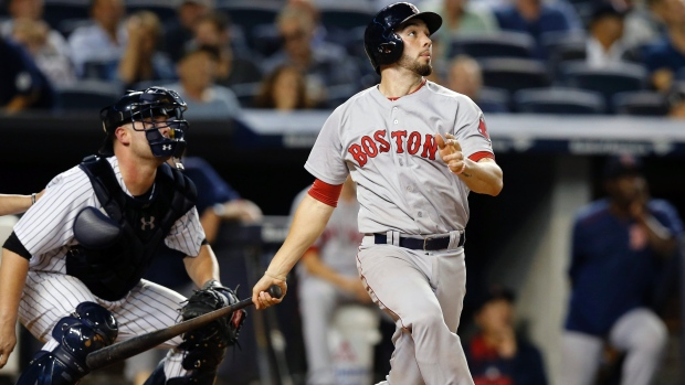 Red Sox DFA catcher Swihart; recall Leon