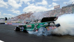 65-year-old John Force races to 140th victory, topping Funny Car field at Norwalk Article Image 0