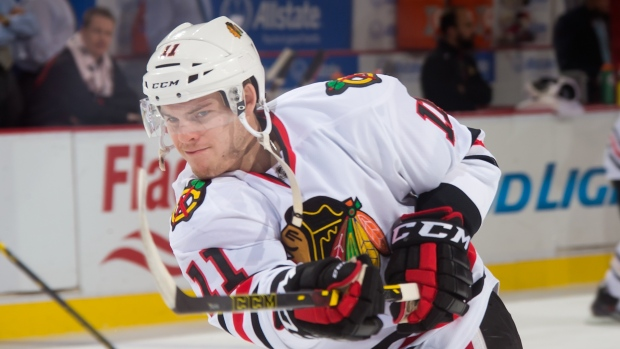 Leafs acquire Jeremy Morin from Blackhawks