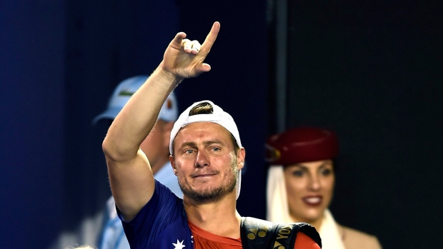 Hewitt retires after a loss against Ferrer
