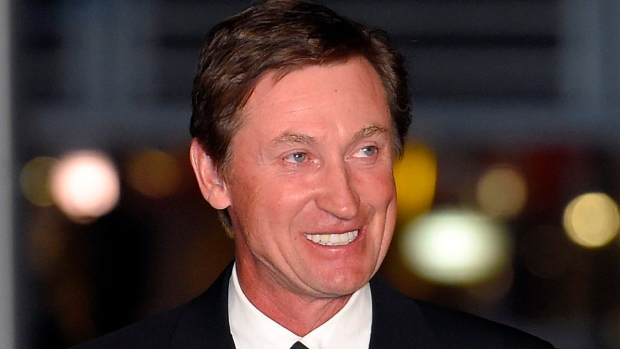 wayne gretzky descriptive essay Burmese in fort wayne descriptive essay by nicky  this paper explain aspects of wayne gretzky's life that relate to sport psychology 6 sources | 2002.