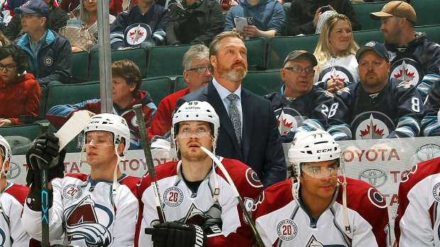 Patrick Roy and the Avalanche bench
