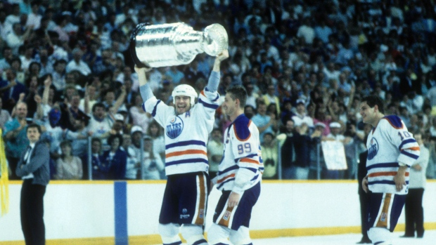 caca98eb Messier on Rexall Place: Time doesn't stand still - TSN.ca