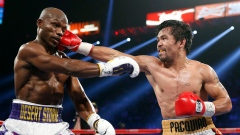 Manny Pacquiao hits Timothy Bradley